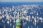 Vue sur la baie de Trieste le jour du rassemblement des voiliers