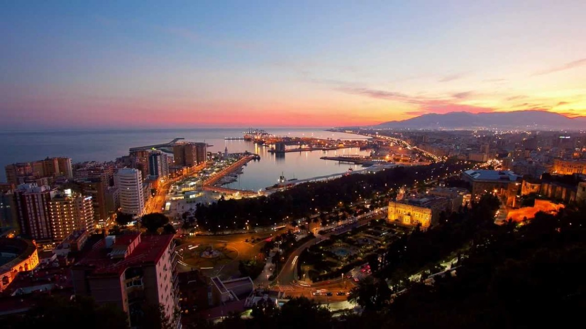 MALAGA : culture et plage réconciliées