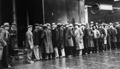L'attente à la soupe populaire lors de la crises des années 1930