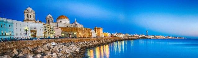 La promenade de bord de mer Cadix
