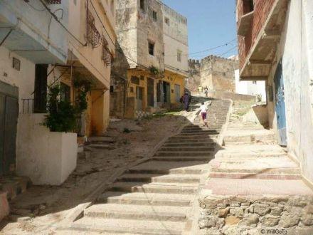 ruelle Medina Tanger vers la Casbah